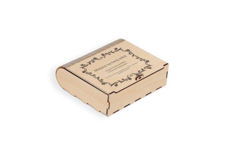 Pudełko jasne z grawerem na prezent