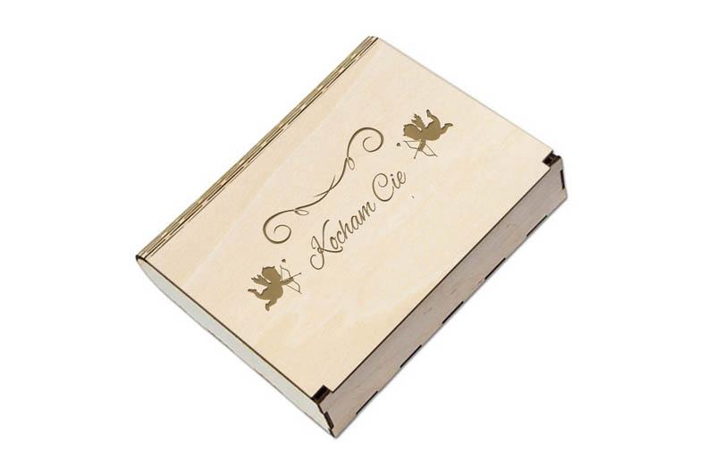 Pudełko grawerowane drewniane na prezent